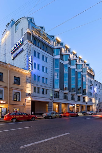 . Park Inn by Radisson Nevsky