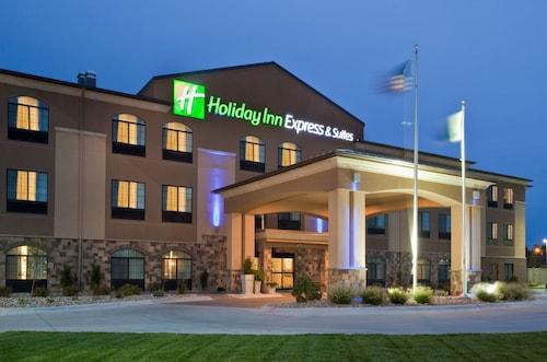 . Holiday Inn Express Hotel & Suites Grand Island, an IHG Hotel