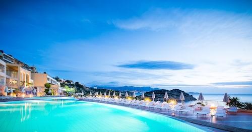 . Blue Marine Resort & Spa