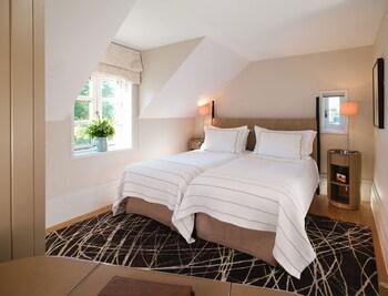 Suite, 2 Bedrooms (Gardener's West)