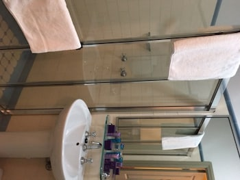 Avonmore on the Park Boutique Hotel - Bathroom  - #0