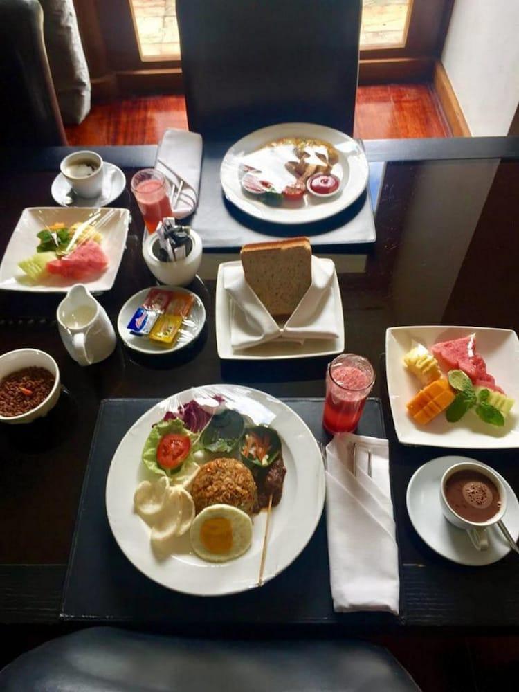 C151 스마트 빌라 드림랜드(C151 Smart Villas Dreamland) Hotel Image 32 - Breakfast Meal