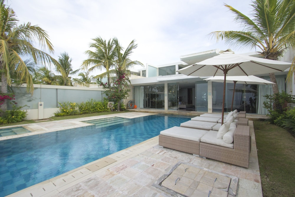C151 스마트 빌라 드림랜드(C151 Smart Villas Dreamland) Hotel Image 26 - Outdoor Pool