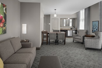 Suite, Two Queen Beds, Accessible
