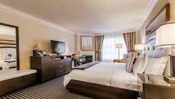 Luxury Room, 1 King Bed, Fireplace