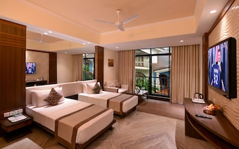 700 sq. ft. Luxury Rio