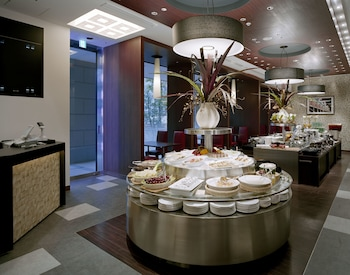 MITSUI GARDEN HOTEL SHIODOME ITALIA-GAI Interior Detail