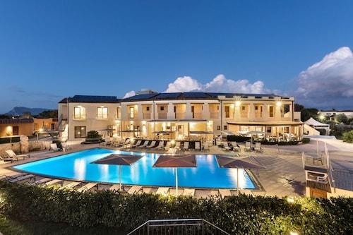 . Terradimare Resort & Spa