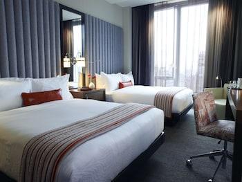 Guestroom at Kimpton Hotel Eventi in New York