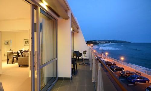 Hotel St Clair, Dunedin