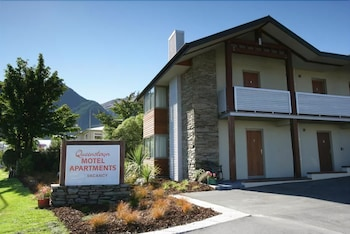 Hotel - Queenstown Motel Apartments - Adults Only
