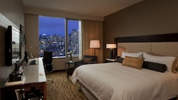 Room, 1 King Bed, View (sky View)