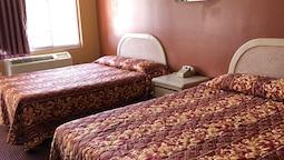 Standard Double Room, 2 Queen Beds