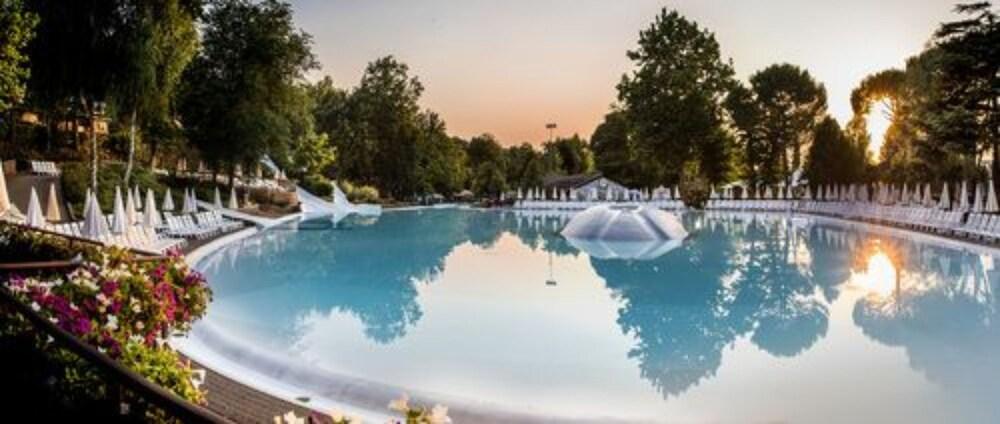 알토민시오 패밀리 파크 - 캠프그라운드(Altomincio Family Park - Campground) Hotel Image 0 - Featured Image