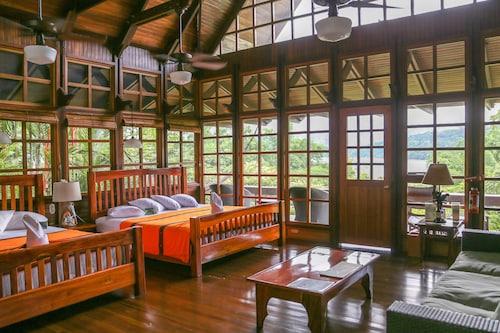 . Aguila de Osa Rainforest & Marine Adventure Lodge