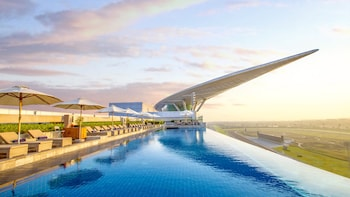 Hotel - The Meydan Hotel