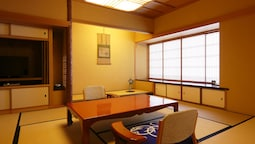Traditional Room, Smoking