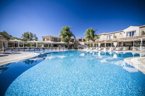. Hotel Villas Resort
