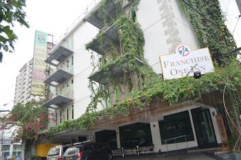 Hotel - Franchise One Hotel