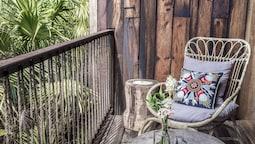 Bahçe Manzaralı Suit Oda