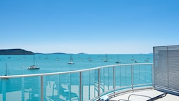 Çatı Katı Süiti (penthouse), 2 Yatak Odası, Deniz Manzaralı (3 Bathroom, Top Floor)