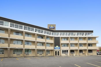 Hotel - Days Inn & Suites by Wyndham North Bay