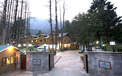 . Grand Mumtaz Resorts