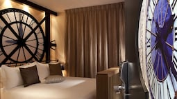 Double Room (musee D'orsay)