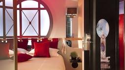 Double Room (opera Garnier With Jacuzzi )