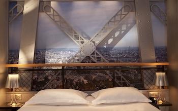 Double Room, Tour Eiffel with Spa Bathub
