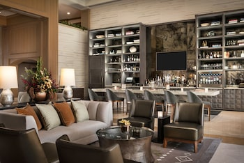Lobby Lounge at The Canyon Suites at The Phoenician, Luxury Collection in Scottsdale