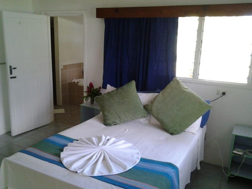 https://i.travelapi.com/hotels/4000000/3430000/3424700/3424629/44844be2_z.jpg