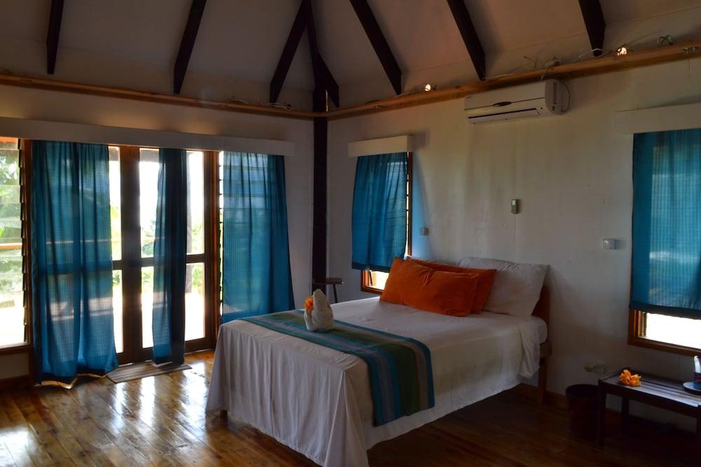 https://i.travelapi.com/hotels/4000000/3430000/3424700/3424629/67d6e99c_z.jpg
