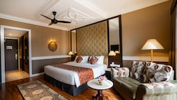 Deluxe Room (1 King Bed Or 2 Single Beds)