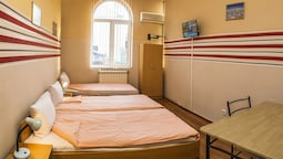 Triple Room, Shared Bathroom