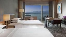 Oda, 2 Tek Kişilik Yatak, Göl Manzaralı