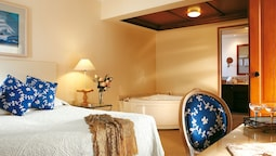 Deluxe Bungalow, Jetted Tub (suite)