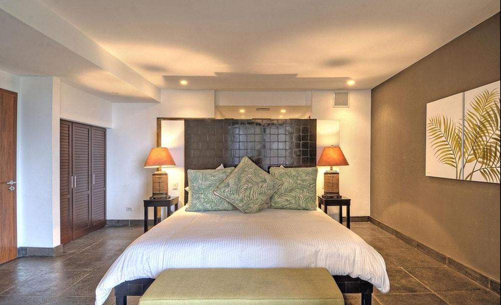 https://i.travelapi.com/hotels/4000000/3450000/3444400/3444310/0582a553_z.jpg
