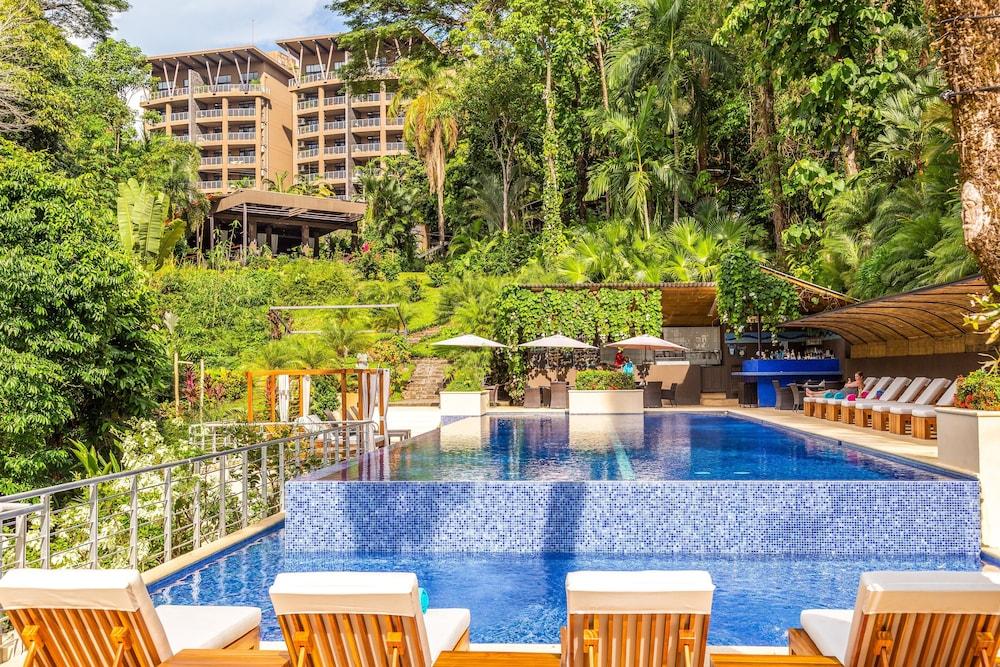 https://i.travelapi.com/hotels/4000000/3450000/3444400/3444310/60356b73_z.jpg