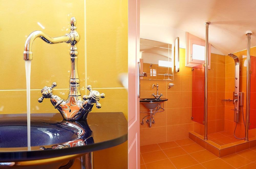 크스키 호텔(CSky Hotel) Hotel Image 40 - Bathroom