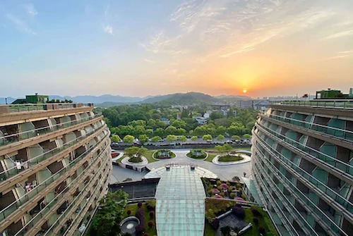 . Wyndham Grand Plaza Royale Hangzhou
