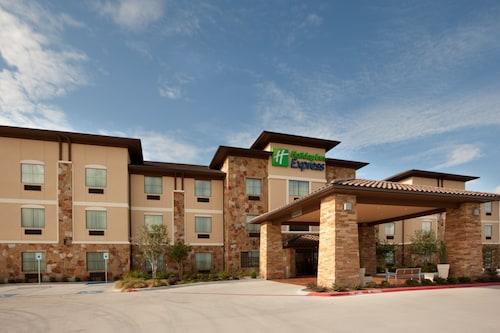 . Holiday Inn Express Marble Falls