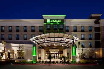 北聖安東尼奧 - 石橡區假日飯店 Holiday Inn San Antonio N - Stone Oak Area, an IHG Hotel