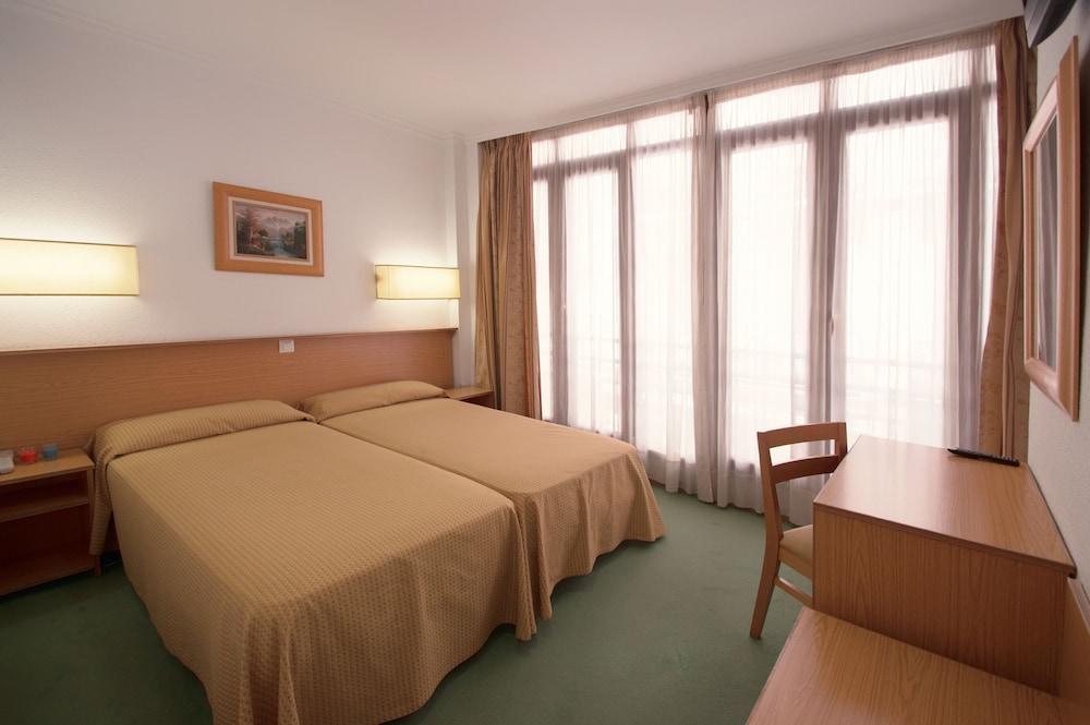 ホテル マドリソル