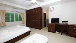 Family Double Room, Multiple Beds, Ground Floor