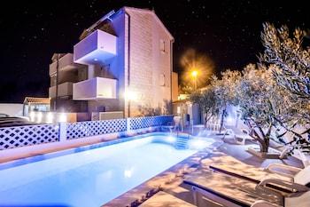 Hotel - Bol apartments Gospojica