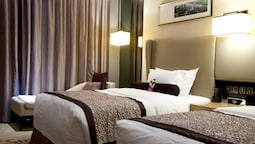 Superior Room, 2 Twin Beds, Smoking