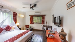 Deluxe Double Or Twin Room, Pool View