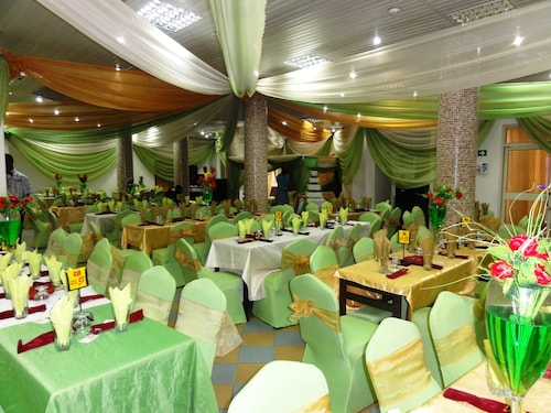 Welcome Centre & Hotels, Mushin