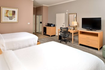 Standard Room, 2 Queen Beds, Accessible, Bathtub (mobility & Hearing)